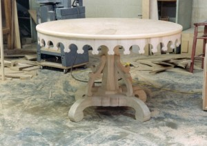 round gothic table